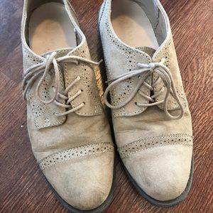 Old Navy shoes - size 7